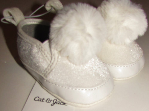 Cat and Jack white size 1/0-3 mo