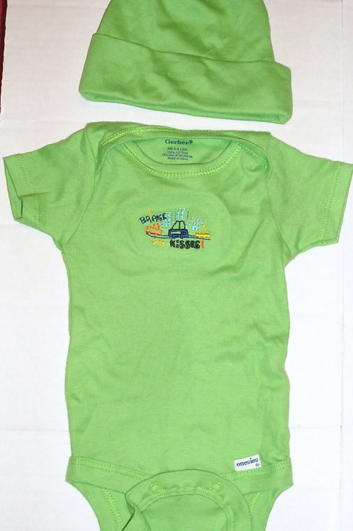 Gerber 2 pc set green/car Newborn