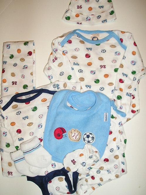 Gerber 7 pc set white/sport choose style Newborn