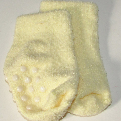 Faded Glory fleece socks size 0-3 mo