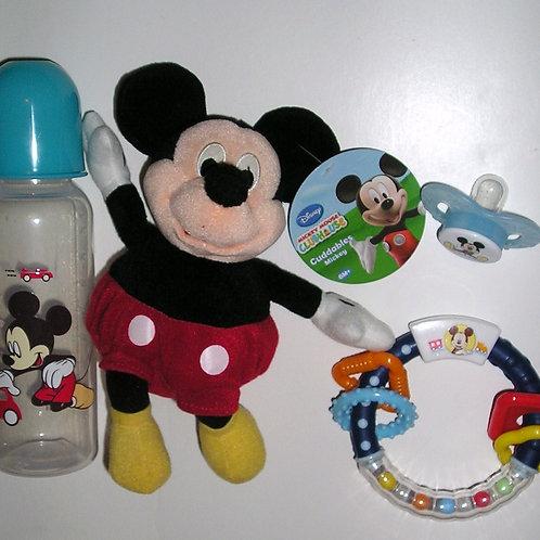 Disney 4 pc gift set Mickey or Minnie
