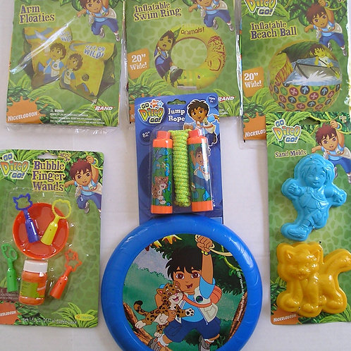 Disney 7 pc water play set Diago motif