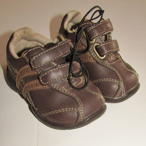 Faded Glory shoes brown size 1