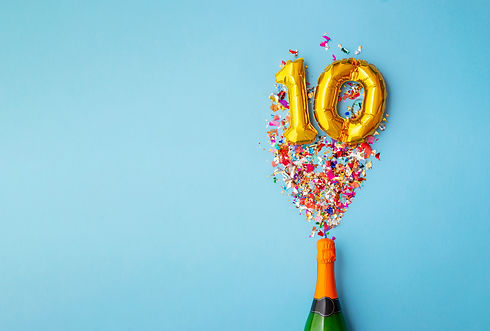 10th anniversary champagne bottle balloo