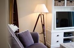 Wohnzimmer mit TV und XBOX