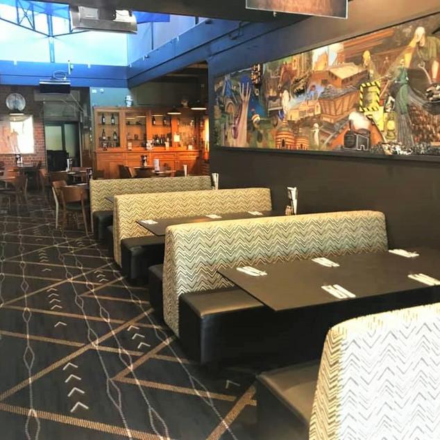 Modern bistro and lounge bar