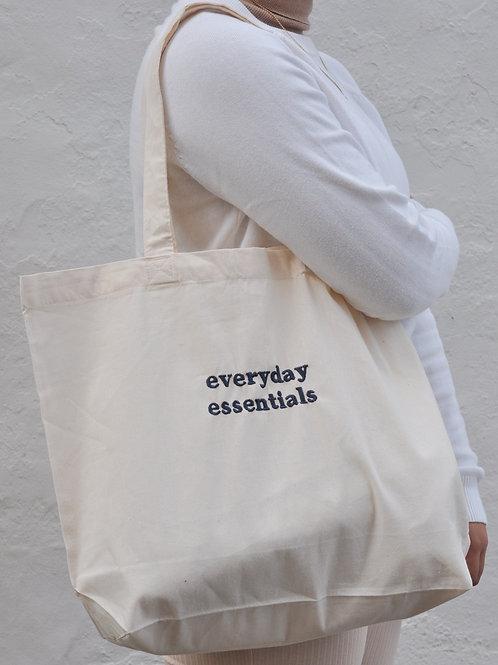 everyday essentials | Grande tote