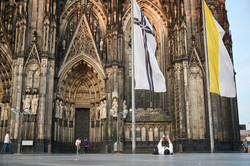 Glauben Hoffen Warten | Köln