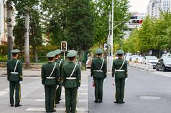 Bei Rot musst du stehn | Peking