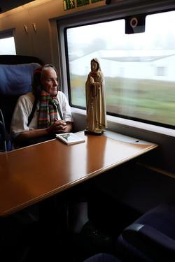 Glauben Hoffen Warten   Im Zug