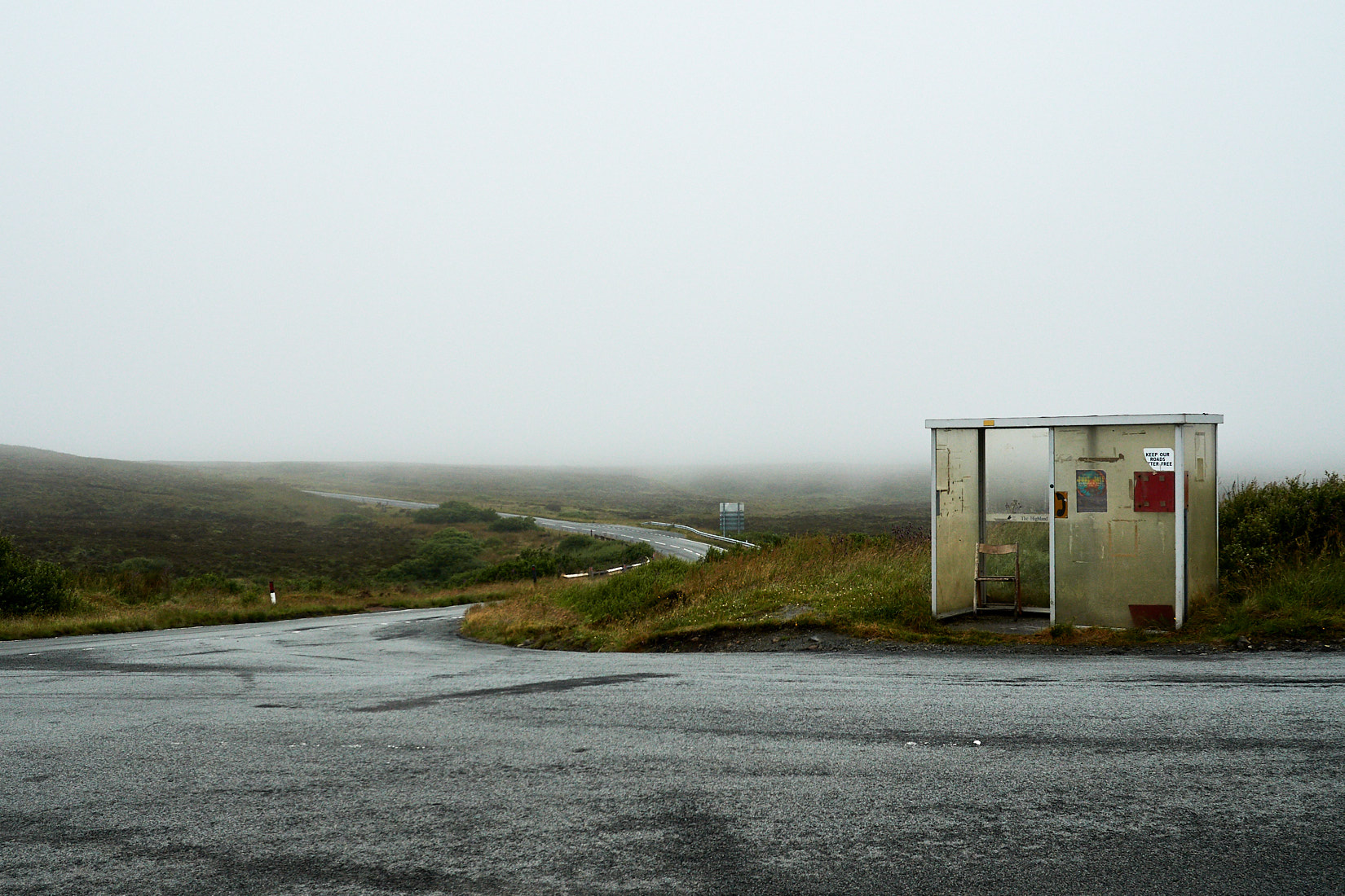 Busstop To Nowhere | Schottland
