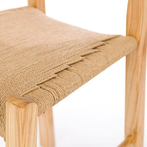 Súgan Chair