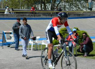 Farid Suárez la rompió en el Kilómetro; Piriz se quedó con los 500 en damas; Tolosa en el scratch; M