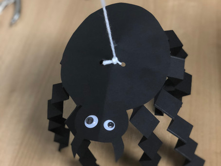 CREEPY CRAWLING SPIDER CRAFT