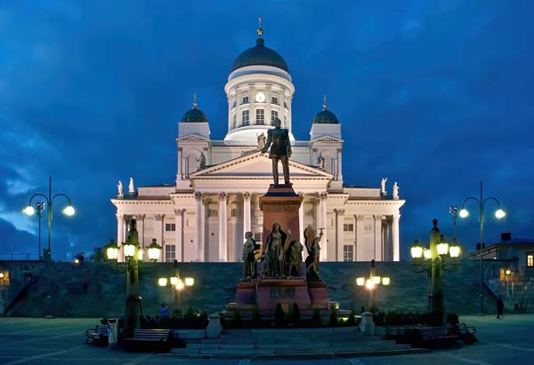 Helsinki by Foreigners in Finland