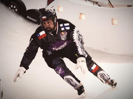 Finnish Chilean plays ice-hockey in Miami