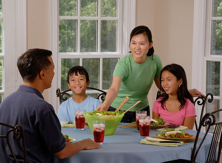 How kids and teens can have a fun and enjoyable experience in eating healthy food