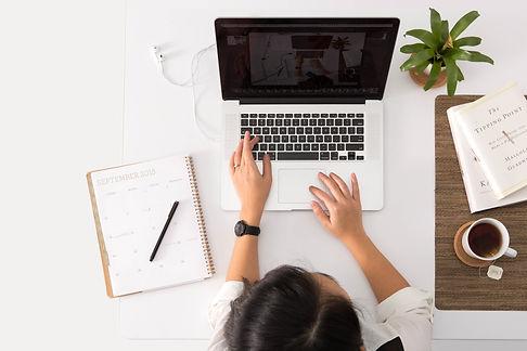 secrétaire freelance-assistante personnelle-remplacement secrétaire-création carte de visite