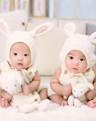 Vancouver twins sleep consultant