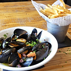 Proscuitto Mussels