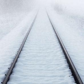 Schienen im Schnee.jpg