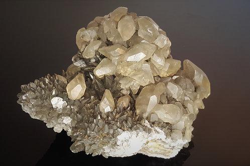 130 mm Calcite from Daye County, Huangshi, Hubei, China