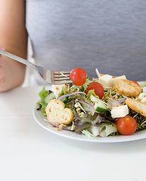 Salat isst