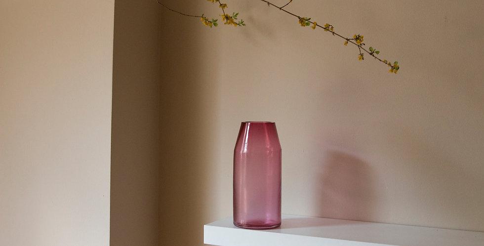 RAW-VASE-by-STUDIO-MILENA-KLING-mouthblown-glass-ROSE-PINK