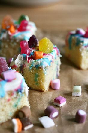 HB-sweetie cakes 2_Ocober2020.jpg