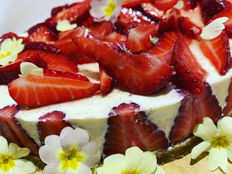 Simple Vanilla Cheesecake Recipe by Kelvin Mullins