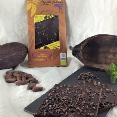 Tablette de chocolat bio 75% – Menthe et éclat de cacao