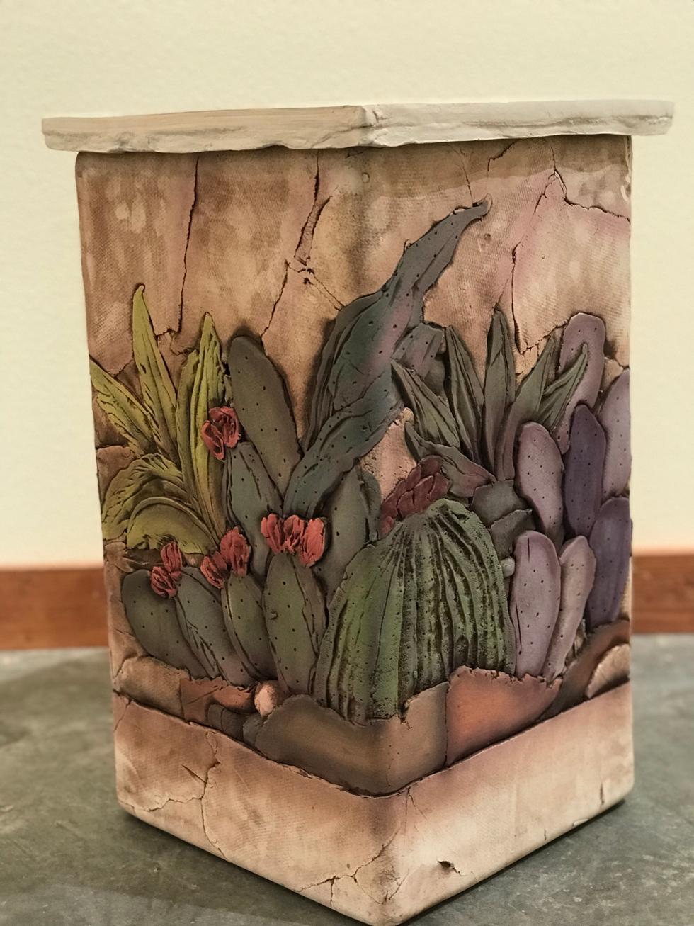 Cactus Flowers Short Pottery Lamp