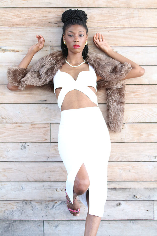 Female Model - Jasmine Analyse