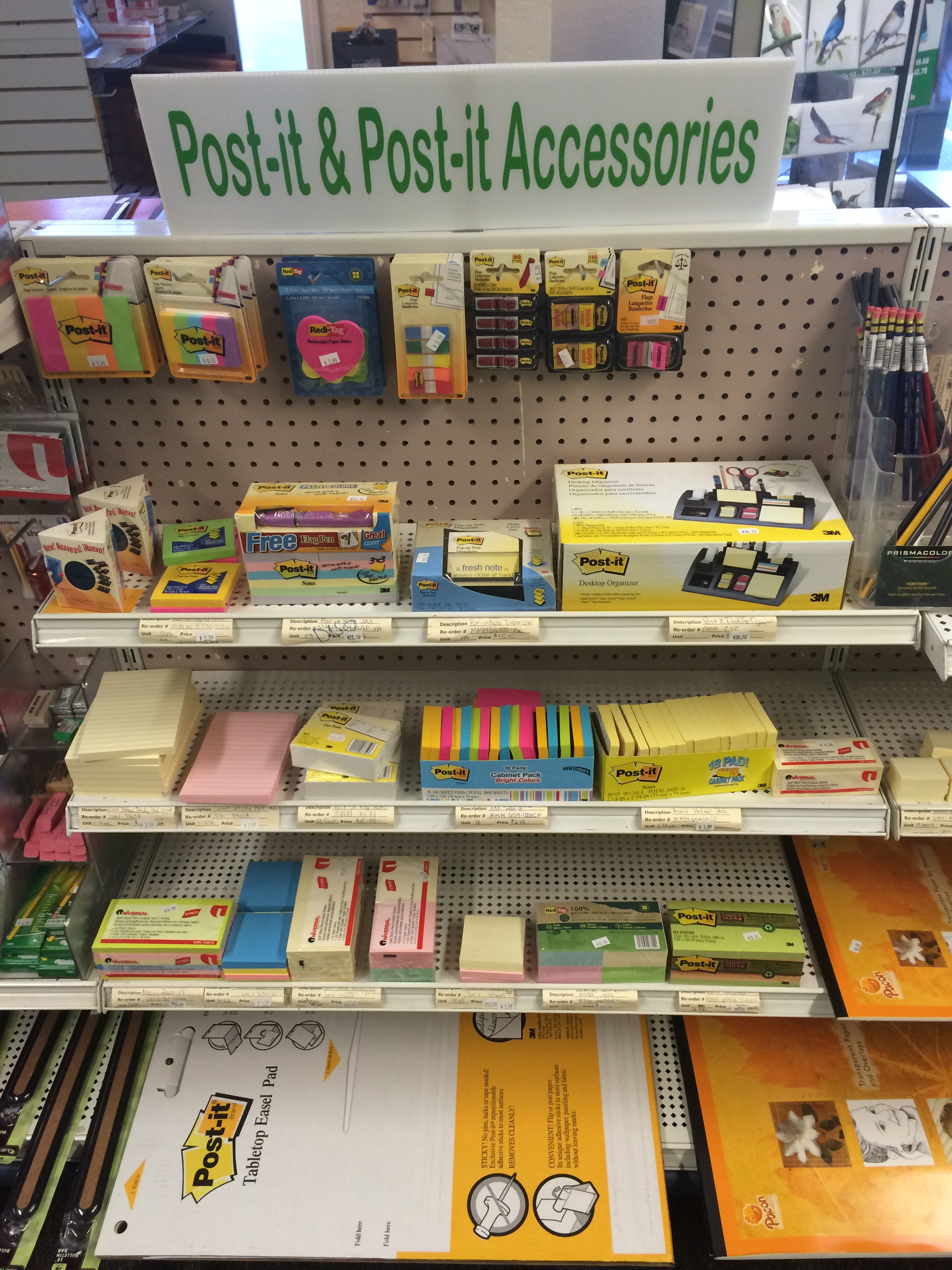 Post-it notes & accessories