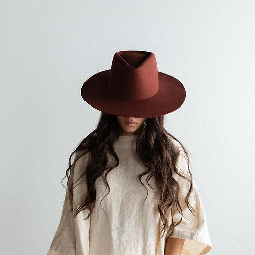 Dakota Triangle Crown -Rusty Red