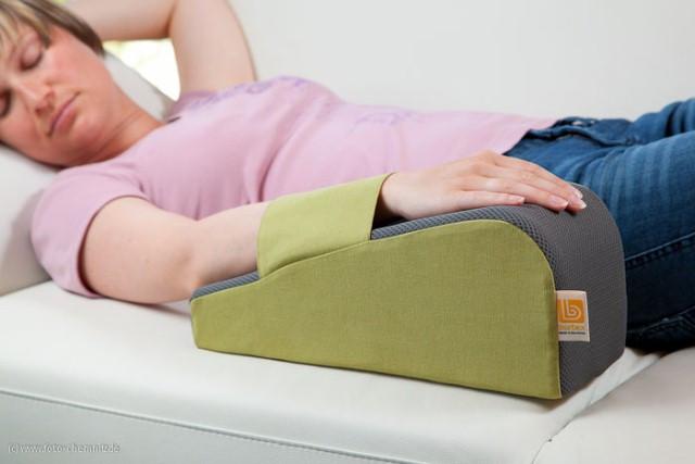 curalymph-lymphoedem-kissen-anwendung-während-des-schlafens