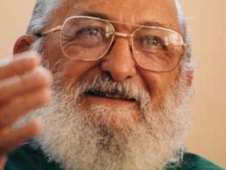 Paulo Freire teria questionado como estamos educando nossos filhos durante o COVID-19