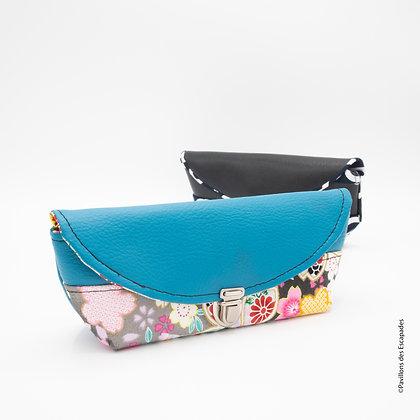 Blue glasses pouch