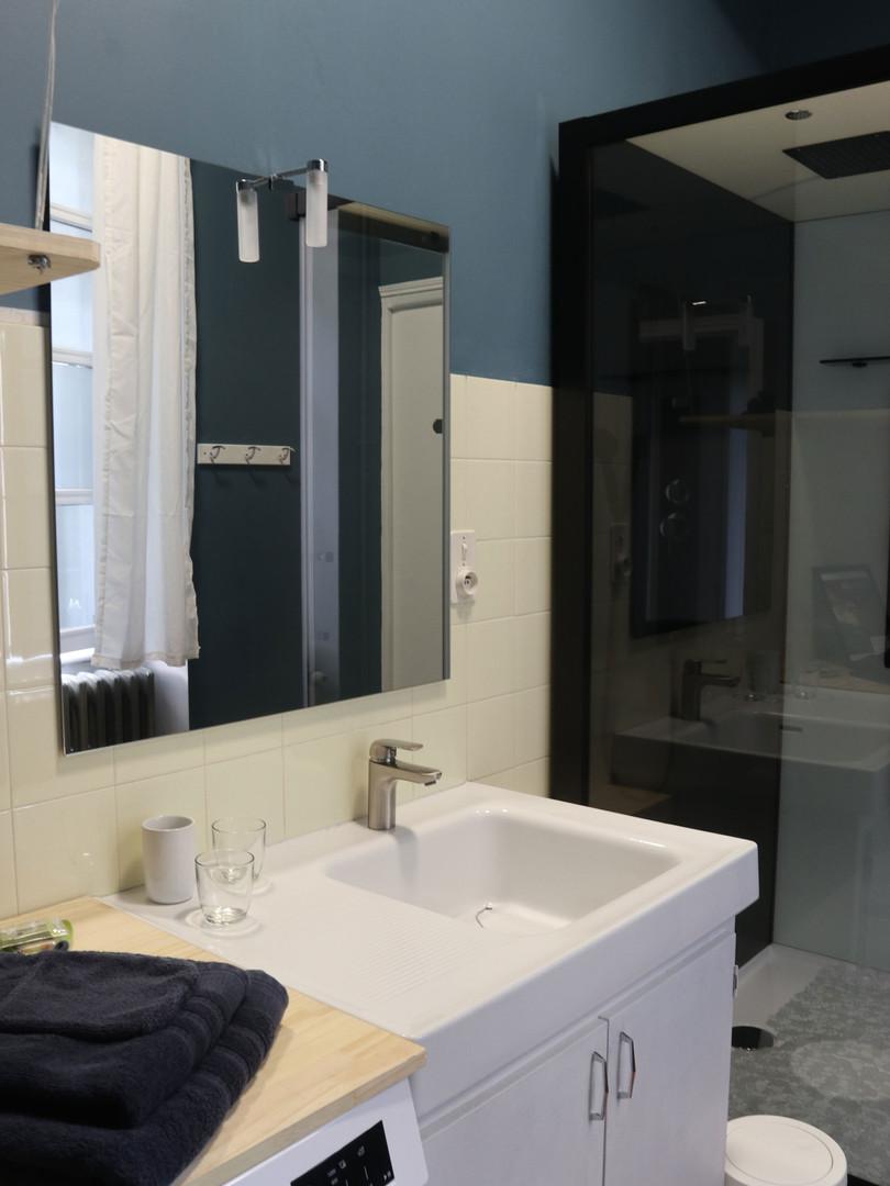7-salle-de-bain-commandant-web.jpg