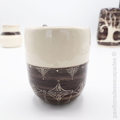Earthenware jar - white and brown