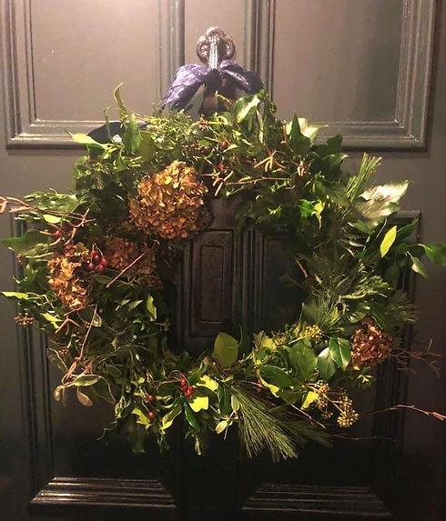 wreath shelly door 2.jpg