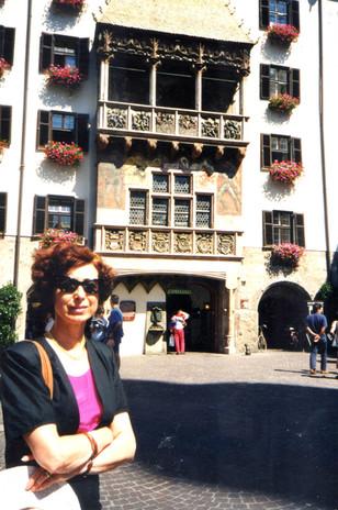 Davanti al Tettuccio d'oro di Innsbruck