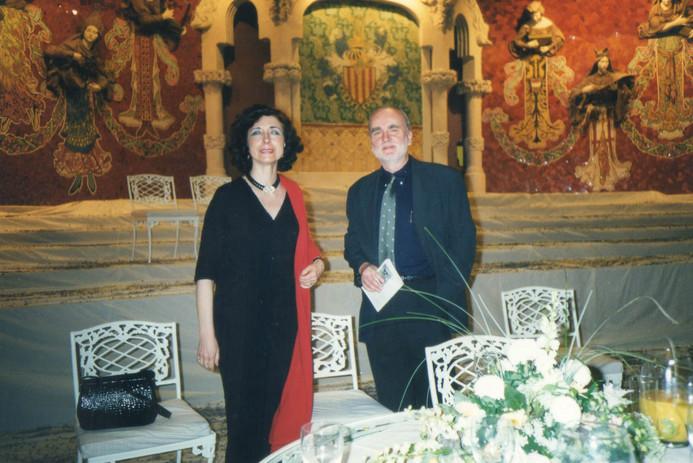 Sul palco del Palau della musica catalana con il poeta polacco Adam Zagaweski in occasione dell'annuole Festival Internazionale di Poesia.