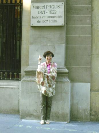 Davanti alla casa di Proust