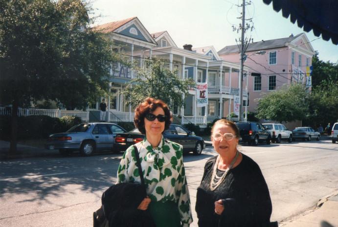 Con la scrittrice Margherita Pieracci Arwell