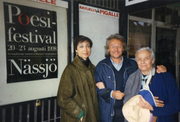 Con il poeta Gianni D'Elia ed Oretta Delle ore al Festival di poesia di Nassjo.