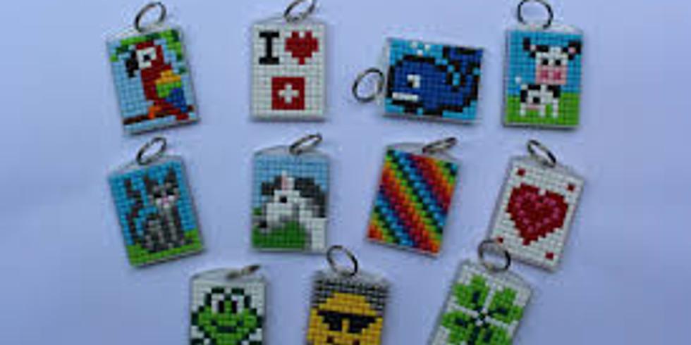 Schlüsselanhänger & Armband Pixeln für Kinder