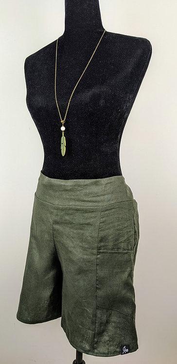 Hip Chick Design Linen Shorts