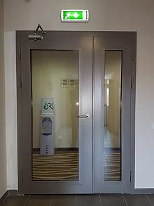 Остекленная дверь ei-60.jpg