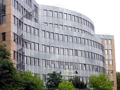 wave-shaped-office-building-1172520-1280